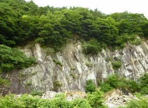 P石山① (1280x939)