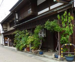 ひがし茶屋町② (1280x1062)